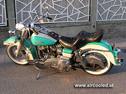 In 2007 I got everybody's dream: a Harley Davidson Electra Glide from 1969. 340 Kilos are not an easy ride.
